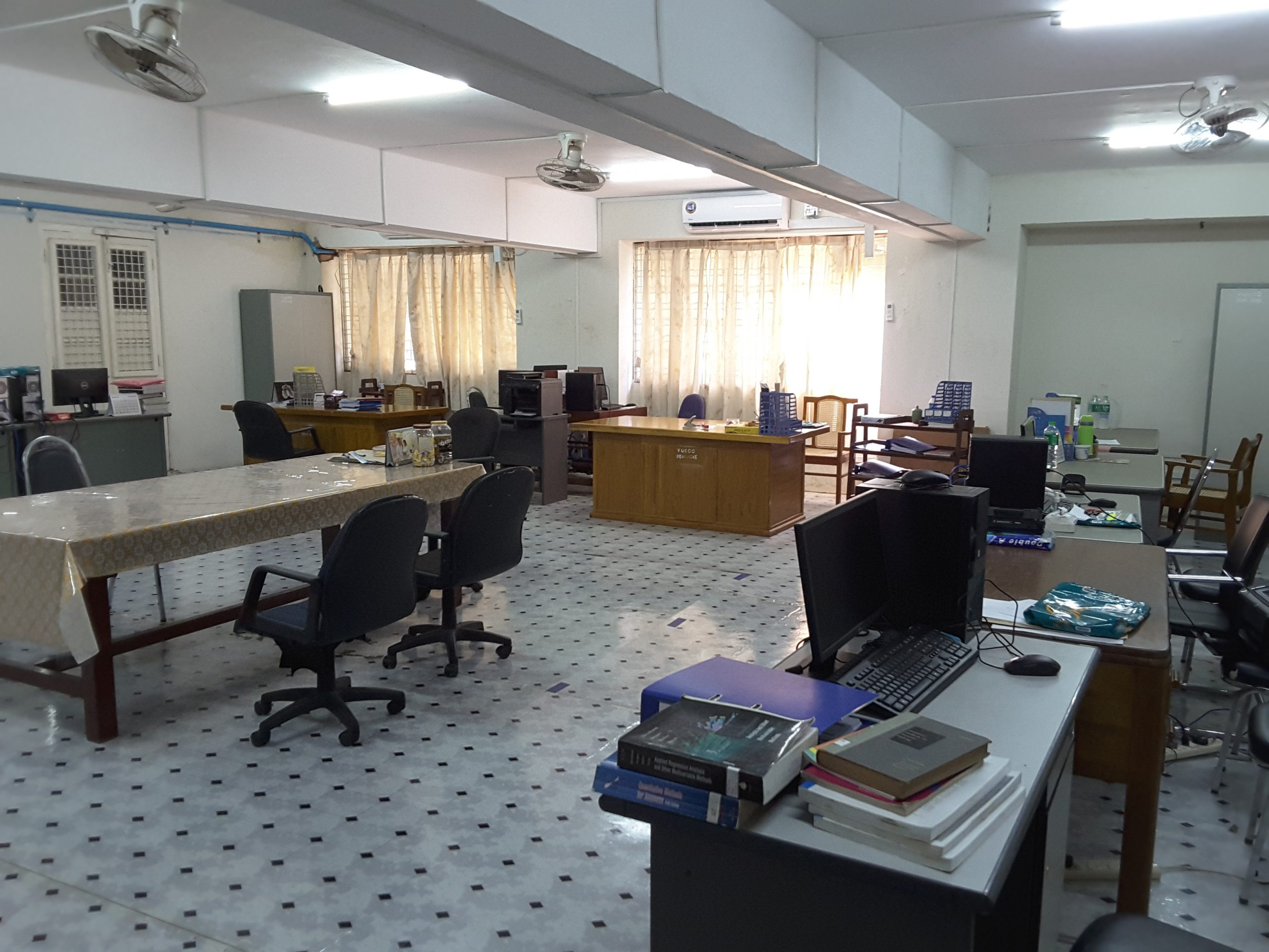 QA and Research Room (KMY)